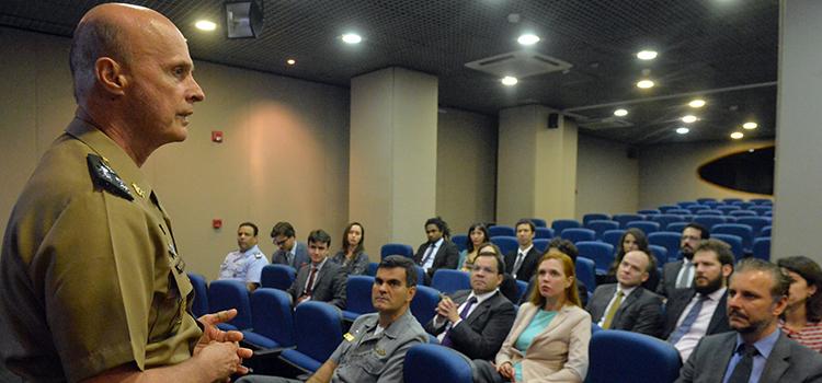 O diplomata Gustavo Ziemath espera poder servir em diferentes países e ajudar o Brasil a realizar os objetivos designados pela política externa