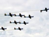 Aeronaves fazem apresentação durante troca de comando na Esquadrilha da Fumaça
