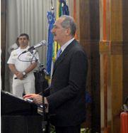 Aldo Rebelo homenageia almirantes promovidos