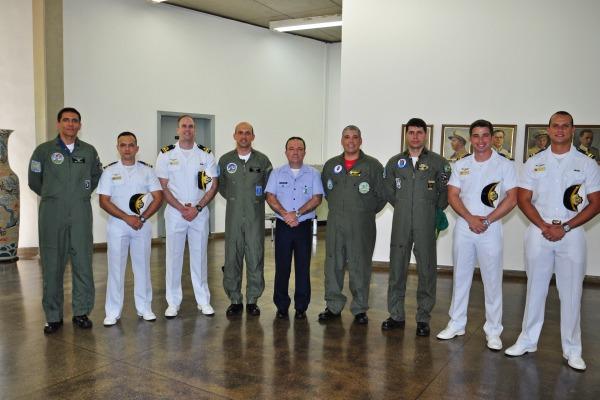Academia da Força Aérea forma quatro novos aviadores para a Marinha