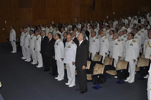 Escola de Guerra Naval realiza a cerimônia de encerramento do C-PEM e C-EMOS 2015