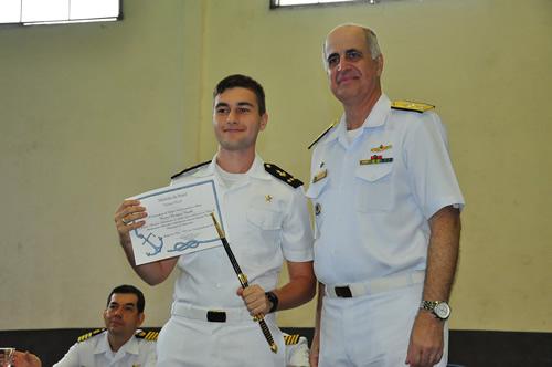 Colégio Naval realiza a cerimônia de entrega de Prêmios Escolares e Esportivos
