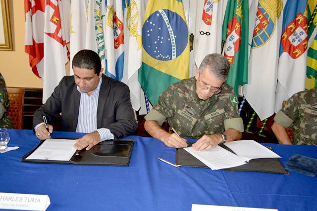 Comando Militar do Norte e Tuna Luso Brasileira assinam acordo para atividades desportivas do Colégio Militar de Belém