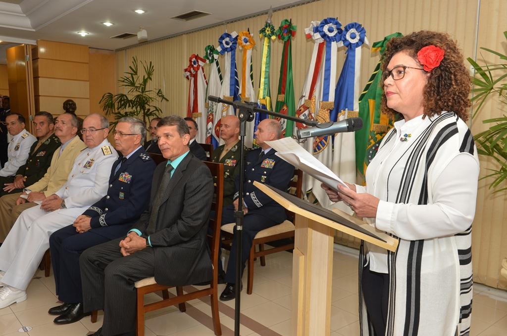 Cerimônia marca troca de chefia em secretarias da Defesa