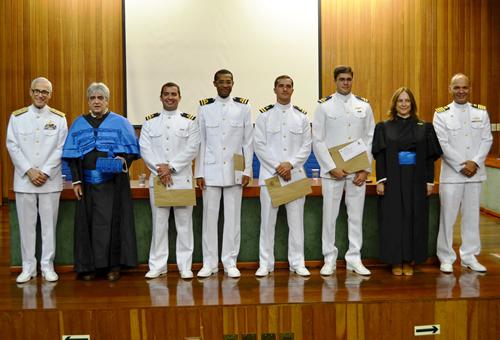 Marinha forma Oficiais Engenheiros Navais na USP
