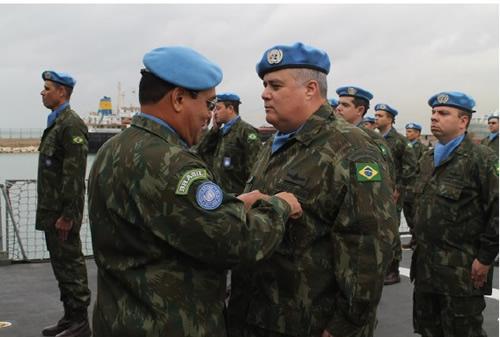 Entrega da Medalha da ONU