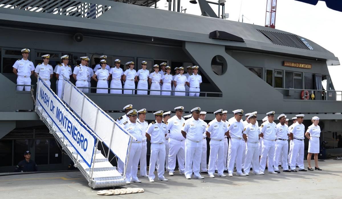 Navio da Marinha leva atendimento de saúde a comunidades ribeirinhas do Acre
