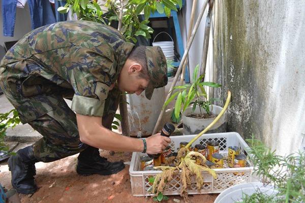 Em Recife, militares da FAB visitam 400 residências em um único dia