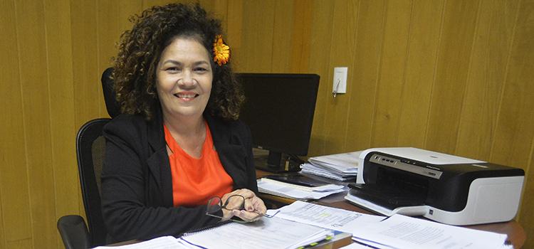 Perpétua Almeida assume Secretaria de Produtos de Defesa