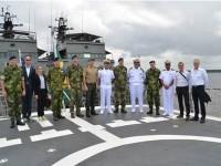 Comitiva da Suécia e representantes do Comando do 9º Distrito Naval