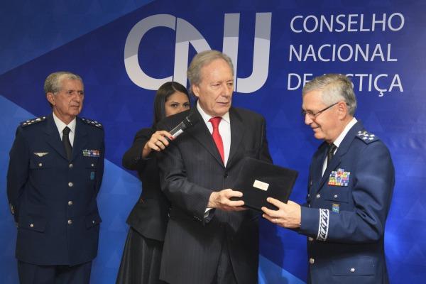 FAB recebe homenagem do CNJ pelo apoio à implementação de audiências de custódia