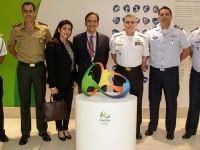 Comitiva do Departamento de Desporto Militar é recebida no Comitê Rio 2016