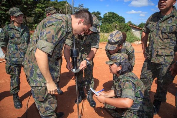 Engenharia, intendência e saúde realizam exercício conjunto em Lagoa Santa (MG)