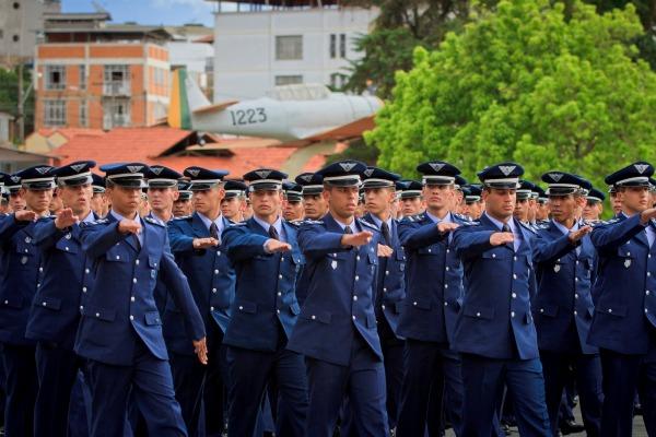 Aeronáutica abre 180 vagas para a Escola Preparatória de Cadetes do Ar