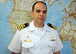 Gerente do Protrindade, comandante Costa Abrantes