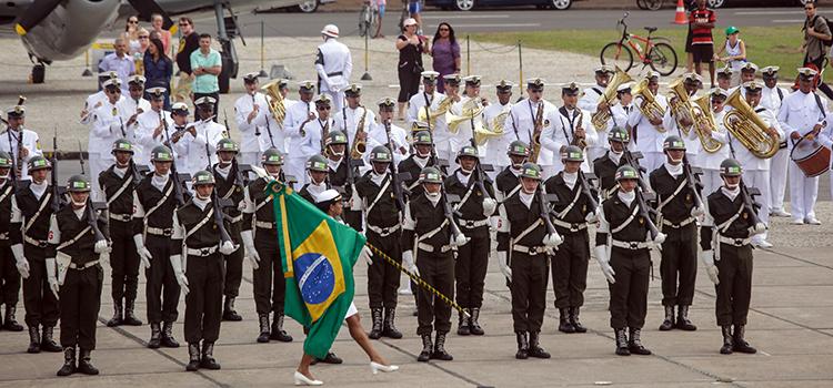 O ministro falou das conquistas que o Exército alcançou na Itália: o profissionalismo e o heroísmo do soldado brasileiro.
