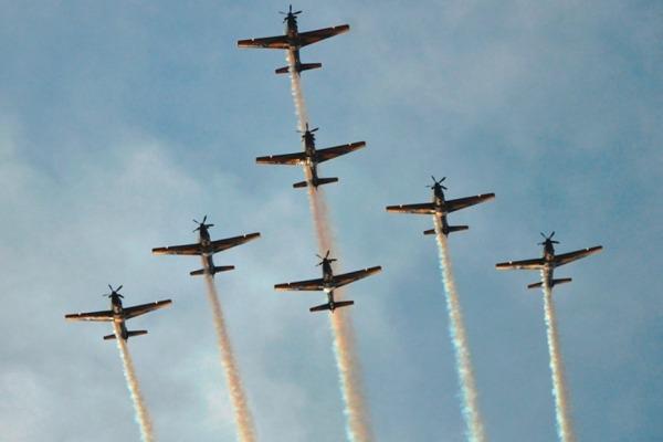 Esquadrão de Demonstração Aérea se apresenta para quase 30 mil pessoas em três cidades
