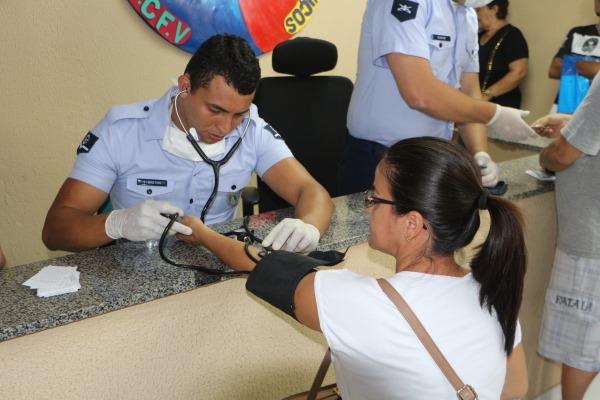 Profissionais de saúde da FAB realizam cerca de 600 atendimentos em Fortaleza