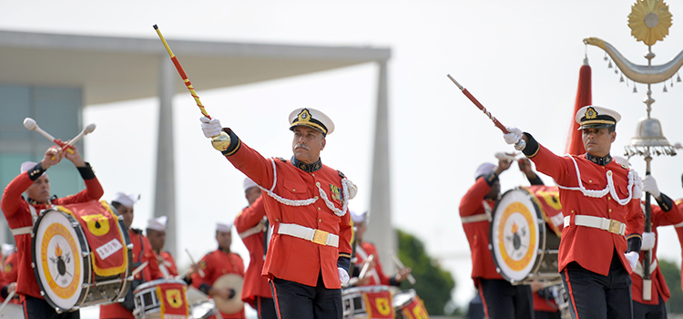 Banda do Corpo de Fuzileiros Navais mantém tradição com gaitas de fole escocesas