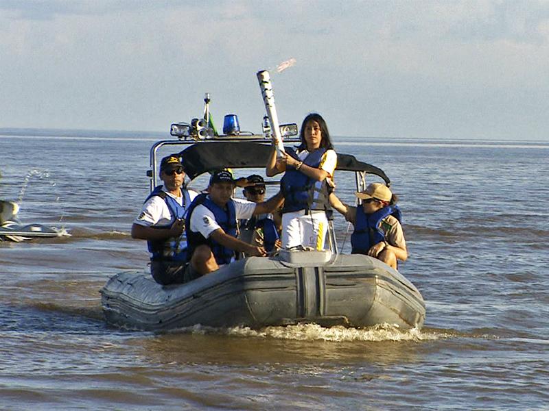 Capitania dos Portos do Amapá participa do revezamento da tocha olímpica
