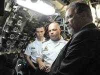 """""""Aqui se vê e se aprende a capacidade de superação das dificuldades em função de realizar as missões que são acometidas à Marinha do Brasil"""", afirmou o ministro"""