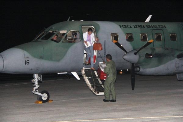 FAB transporta fígado para transplante de Salvador para Recife