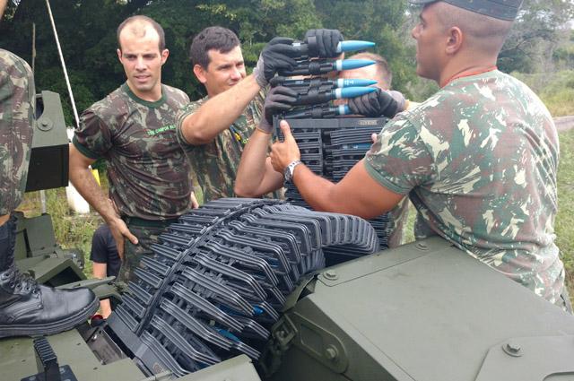 Curso de Mestre de Tiro com o Sistema de Armas Não Tripulado no CAEx