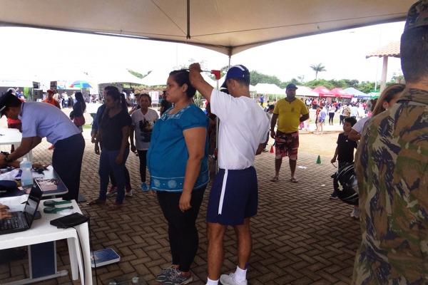 Profissionais de saúde da FAB atendem comunidade em Porto Velho
