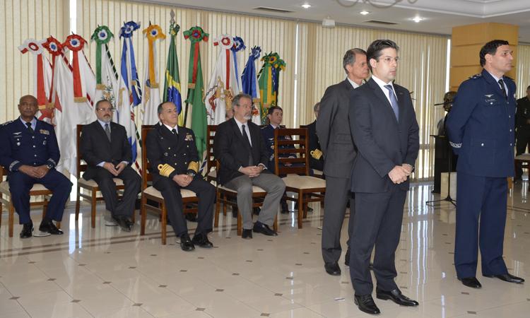 Secretário da Seprod, Flávio Basílio, tomou posse hoje em substituição ao brigadeiro Crepaldi, que respondia interinamente.