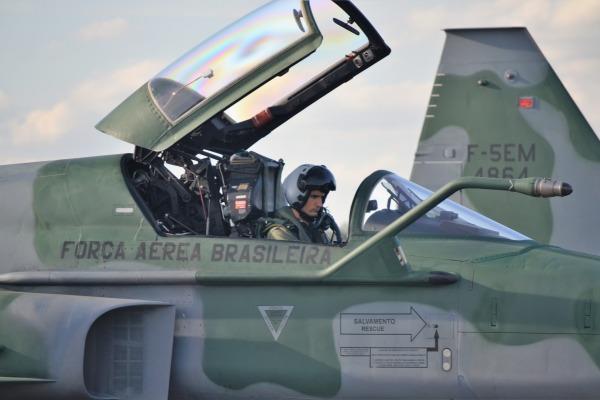 Anápolis sedia operação para combate de guerra eletrônica