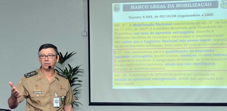 General Adalmir Domingos explicou a nova dimensão ao significado das palavras logística e mobilização nas Forças Armadas