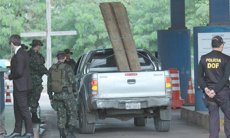 Cerca de 1 mil militares da Marinha, Exército e Aeronáutica e integrantes de 12 agências governamentais atuam na Ágata 11
