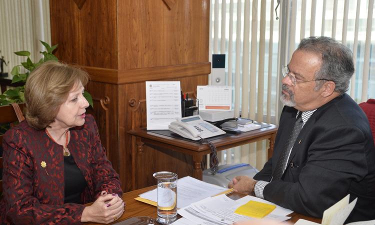 Ministro Jungmann recebe embaixadora norte-americana