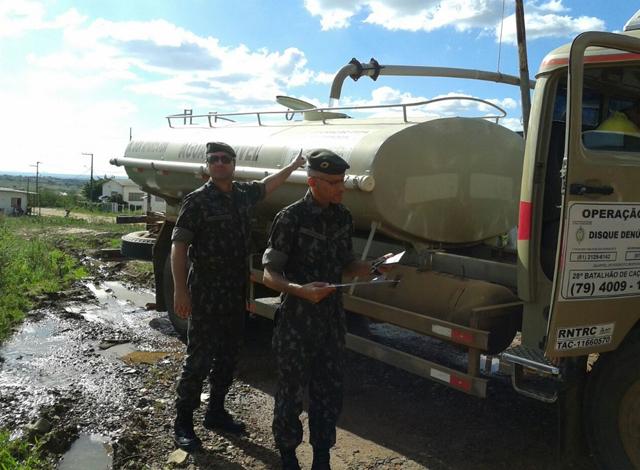 6ª Região Militar administra entrega de água potável no semiárido nordestino