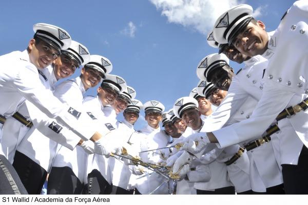 Afa realiza cerim nia de entrega de espadins a 219 novos cadetes folha militar online - Afa tabelle gastronomie 2016 ...