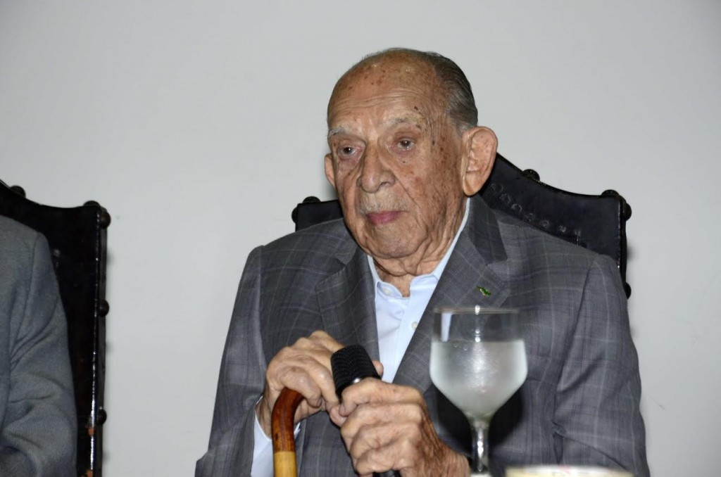 Almirante HELIO LEONCIO MARTINS