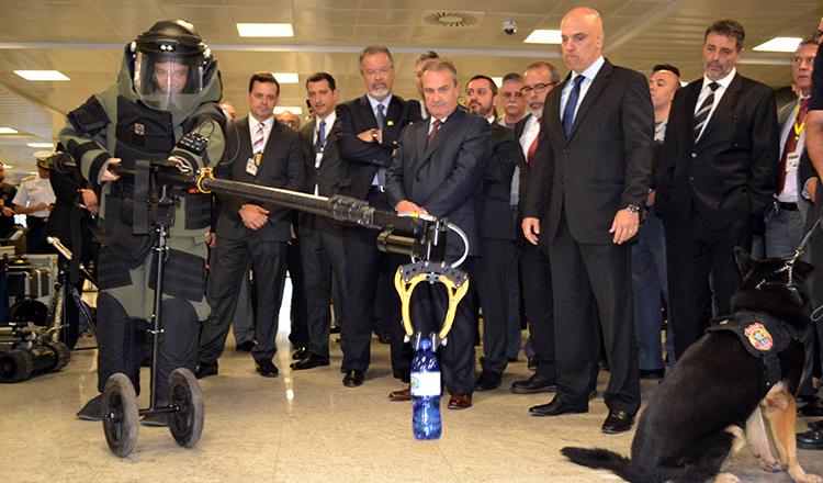 Governo investe R$ 18 milhões em equipamentos de vistoria de passageiros e bagagens