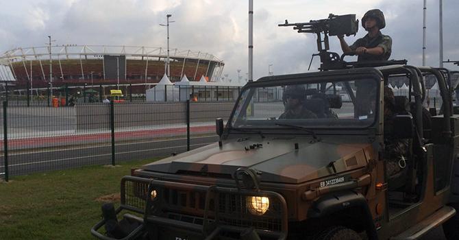 Militares do Exército intensificam ações no Rio
