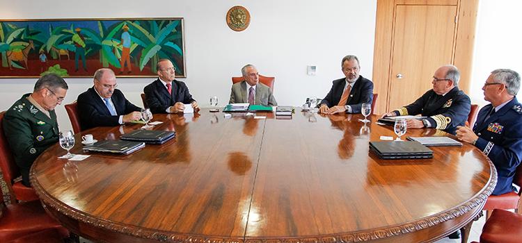 Presidente Temer assina decretos de promoção e movimentação de oficiais generais