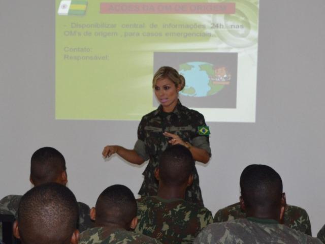 6ª Região Militar realiza palestra de apoio social para militares que irão ao Haiti