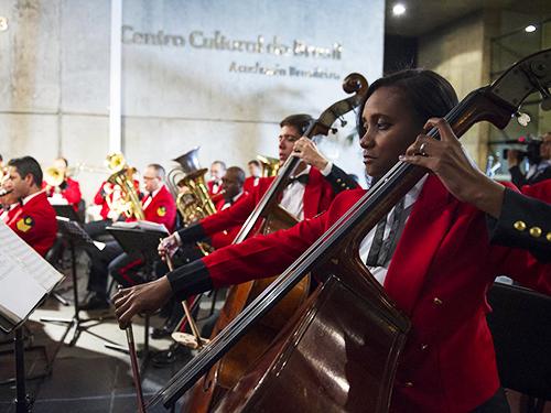 Banda Sinfônica do CFN se apresenta no 119º aniversário da ABL