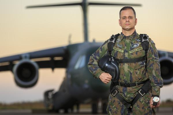 Conexão FAB mostra nova fase de testes do KC-390