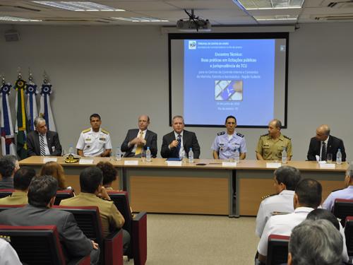 Marinha participa de encontro técnico promovido pelo TCU