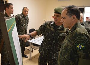 Almirante Ademir visitou os CDS Barra e Deodoro