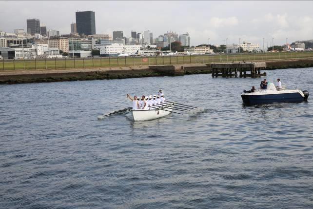 Chama Olímpica chega ao Rio de Janeiro pela Escola Naval