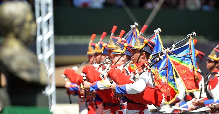 A Banda Marcial do Exército é formada por integrantes do Batalhão da Guarda Presidencial
