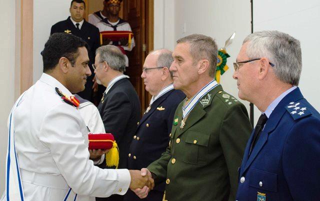 Gen Villas Bôas é condecorado pelo Conselho Internacional do Desporto Militar