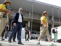 Na chegada ao Centro de Hipismo, o ministro foi recebido pela gerente geral da instalação, Erica Sportiello, e pelo gerente de competições, Ataíde Pereira