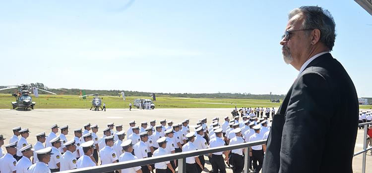 No palanque, Jungmann iniciou discurso onde destacou a participação da Força Naval nas Olímpiadas