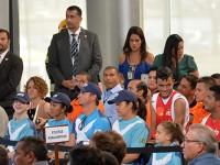 Atletas paralímpicos presentes na cerimônia de revezamento da tocha Paralímpica no Palácio do Planalto